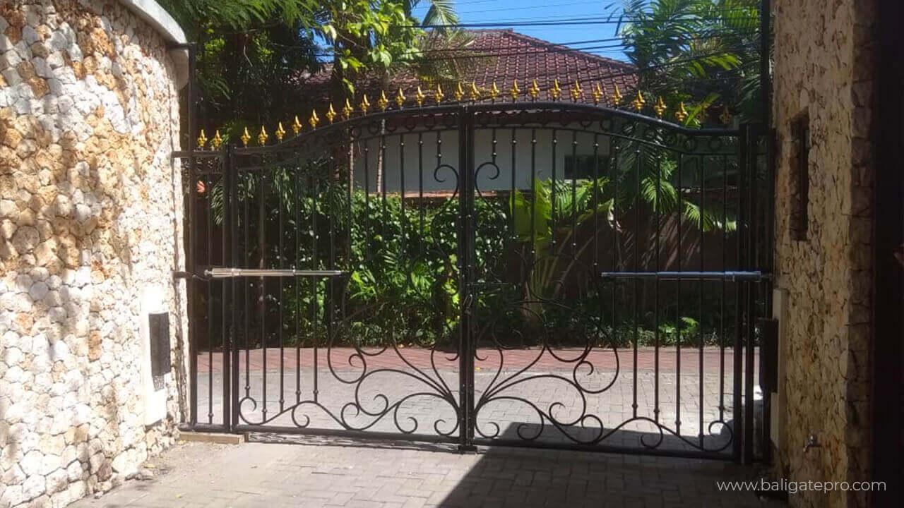 Proyek Bali Gate Pro