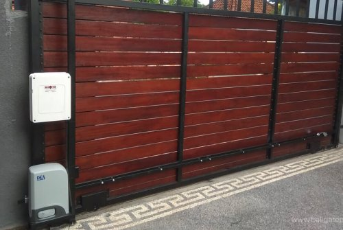 Automatic Gates & Doors